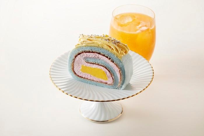 色んな味を味わえるカラフルロールケーキ